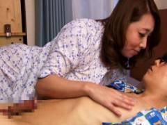 風間ゆみ 巨乳母親の濃厚手コキ&フェラにパイズリで実際に息子と中出しセックスする究極の性教育!?