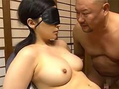 【ヘンリー塚本】目隠し拘束された巨乳人妻の過激なアブノーマルSEX!