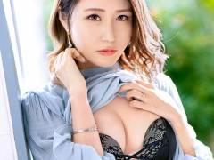 今井優里奈 欲求不満のシングルマザーのセックス画像