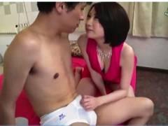 【鷹宮ゆい】大阪弁がエロい親切な風俗嬢!童貞を助けます。
