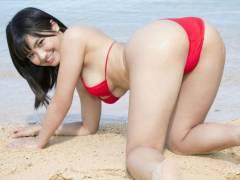 【片岡沙耶微のエロ画像】童顔で可愛い雰囲気なのに目とおっぱいはエロ過ぎるグラドルwww
