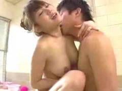 【工藤美紗】 今度は母さんが舐めてあげる!亀頭が感じるんだよね!