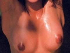 【石田えりの巨乳・全裸ヘアヌードは写真集「56」から】エロ画像29枚