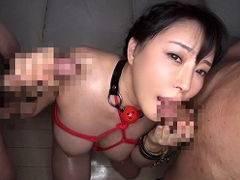 爆乳美人女優 羽生ありささんの緊縛4PSEX!