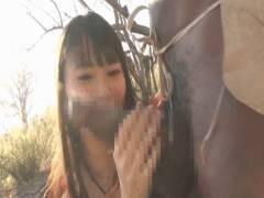 巨根をフェラ・手コキエロGIF画像