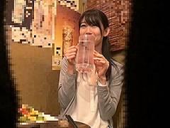 黒川すみれ 三十路の人妻を相席居酒屋でナンパ!部屋に連れ込みハメ撮り盗撮!
