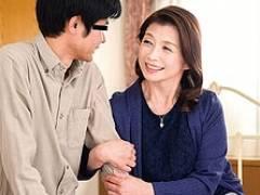 六十路高齢熟女が童貞くんを筆おろししちゃいます! 遠田恵未
