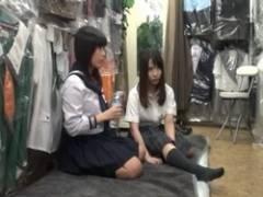【盗撮】パンツ売りの援〇交女子〇生!ハメ撮り膣内射精の餌食にwww