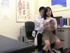 【加賀美シュナ】悪徳プロダクションに在籍してしまった汚れなきひとりの少女の身に起きた悲惨な現実が暴かれていく
