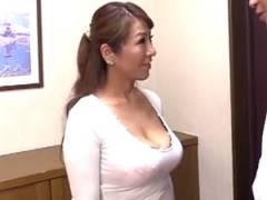 [藤下梨花] 四十路の爆乳ママと思い出作りの中出し母子相姦!