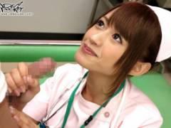 希島あいり 美少女清純ナースがドクターに手マンされながら肉棒手コキしてフェラするエッチな診察室