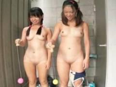 【ロリ】「知らない人とは遊んじゃダメって…」親の知り合いと偽り無垢な少女を公衆トイレに閉じ込め生ハメレイプ…宮崎夏帆 若菜くみ