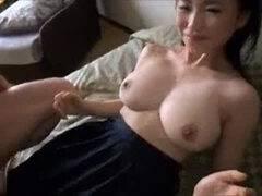 【パイズリ】タイトル:制服ナマ姦女子校生 吉永あかね 100cmIカップ爆乳