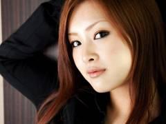 【動画】痴女スレンダー巨乳OL石川鈴華が男性社員を誘惑して社内で!