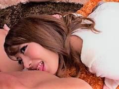 桜井あゆ まるで天使!綺麗な顔面もスレンダーボティにも笑顔で受けるザーメンシャワー