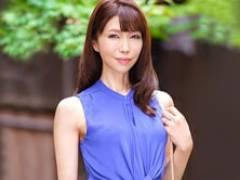 55歳の京都の老舗料亭女将が20年ぶりのセックスを味わう! 藤原芽衣子