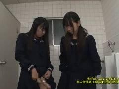【ふたなりレズ動画】ふたなり女子校生のオナニーを目撃してしまった女子校生が禁断の扉を開く!