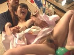 『んあぁああ、だめぇええ!』謝礼金に釣られた女の子がマシンバイブ責めで絶叫イキ狂い!