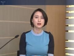 小川彩佳がパンパンに張ったムチムチの豊満なエロおっぱいの形が浮き彫りの着衣巨乳キャプ!フリーアナウンサー