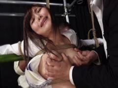美泉咲 美女捜査官が拘束され凌辱SM!巨乳おっぱいやおマンコを弄られ犯されて墜ちる