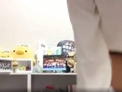 """沖侑果(STU48)の""""ノーパン""""放送事故wwこれはヒドイわぁwwwwww"""