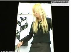 【更衣室盗撮】見るからに淫乱そうな金髪に脱色した田舎のギャルです!水着売り場で試着を本物盗撮されました。