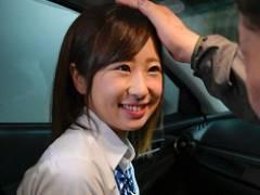 【双葉ゆず】卒業したばかりの天然ぷっくりGカップ18歳少女が学生時代の制服を着ておやじを誘って円光ごっこ!!