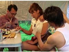 【おっぱい】ながえスタイル・愛妻ダッチワイフ!屋外で食事中の人妻が寝取られてしまった!