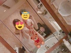 【自撮りえろえろ】鏡の中のエロ姿を撮ってSNSに上げる昨今の女子がシコw