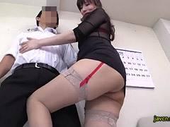 澤村レイコ 孕ませ妊娠大歓迎の中出しセックスを求める美人妻!