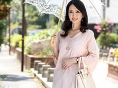 【熟女】立花涼子 只者ではないスペシャルなオーラを放つ美人妻