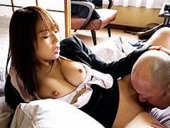 八乃つばさ 修学旅行の下見でハゲ教頭に寝取られ中出しされた人妻巨乳女教師