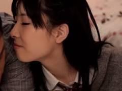 【赤井美月】男のカラダ中の臭いを嗅ぎながら舐めまくる女子校生