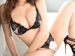 【3次元】セックス始める前の下着姿は何よりも興奮するエロ画像集!(50枚)