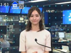 TBS田村真子アナ、パツパツなニットの胸元。