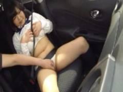 【JKロリ動画】童顔むちむちの可愛い女子校生がドライブと騙され車内で性悪戯されまくり絶頂しちゃう