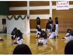 【パンチラ】アウロリJKのダンス部の公演でパンチラしてます!
