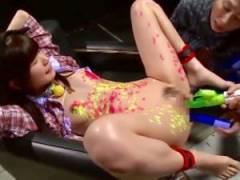 [涼宮琴音 M女動画]ロウソク責め&マンコとアナル二穴バイブで痙攣しちゃうドMロリペット!