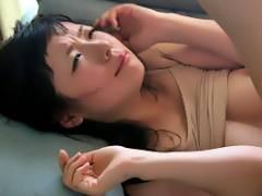 水城奈緒 スレンダー巨乳の人妻が強盗にフェラ強要から顔射レイプ!犯されごっこのはずだったのに…