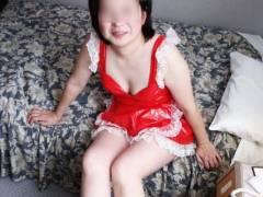 家政婦にしか見えない熟女のメイドコスエロ画像30枚