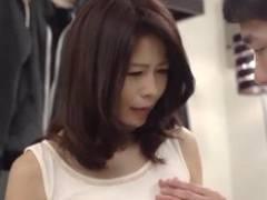 井川香澄 綺麗な美熟女がSEXでエロ顔でイイ声だします!娘の彼氏に口説かれて…