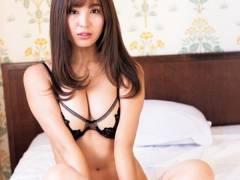 【柳ゆり菜の姉・柳いろはの巨乳・水着セクシーボディ】エロ画像21枚