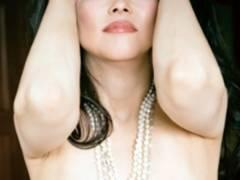 【元オセロ中島知子の黒々マン毛・全裸ヌードは写真集「黒扉」から】エロ画像33枚