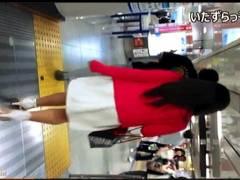 【パンチラ+盗撮+個人撮影】いたずらっ子し隊!夜の繁華街でキャバ嬢に声かけからスカートめくりです。