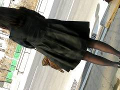 エロ動画!抜けること間違いなし!スカート下盗撮パンティみえるか!ぜひ見てください!