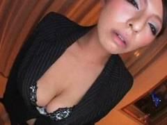 【素股】巨乳熟女(村上涼子)が積極的にフェラチオしてくれる
