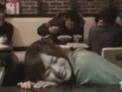 AV女優にリモバイを挿入して貰い喫茶店で痙攣しながら働く姿を隠し撮り