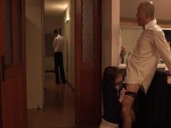 涼川絢音 美人人妻が旦那が席を外した隙に旦那の上司にムリやりフェラをさせられ口内発射