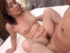 松岡貴美子 還暦を超えた熟女の肉体を披露!皺がありながらも艶のある味深い老体をたっぷりと晒す!
