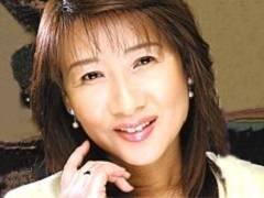 岡江由美子 真っ黒乳首の45歳人妻は子猫のような可愛くて甘い喘ぎ声。イクときはフル勃起確実
